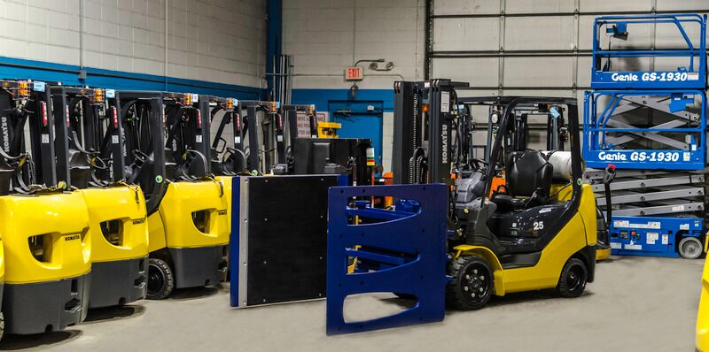 Rightline Attachments: Choosing the Right One for Your Forklift