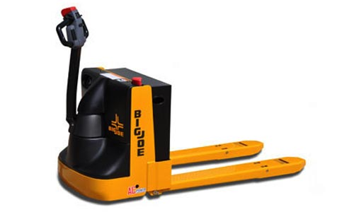 Forklift rentals in nj ny c c lift truck for Motorized pallet jack rental
