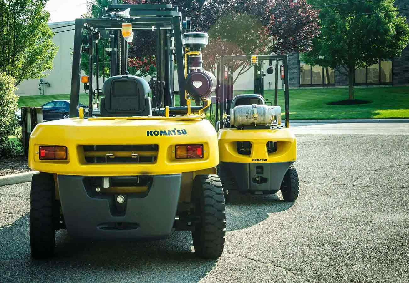 Forklift Fleet Management: What to do When Expanding Your Fleet