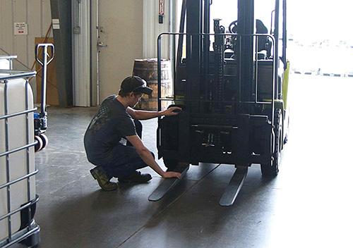 clark forklift maintenance