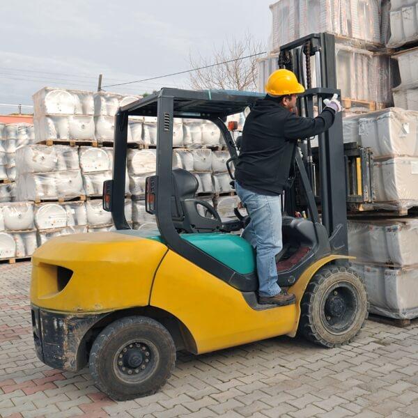 Forklift 1